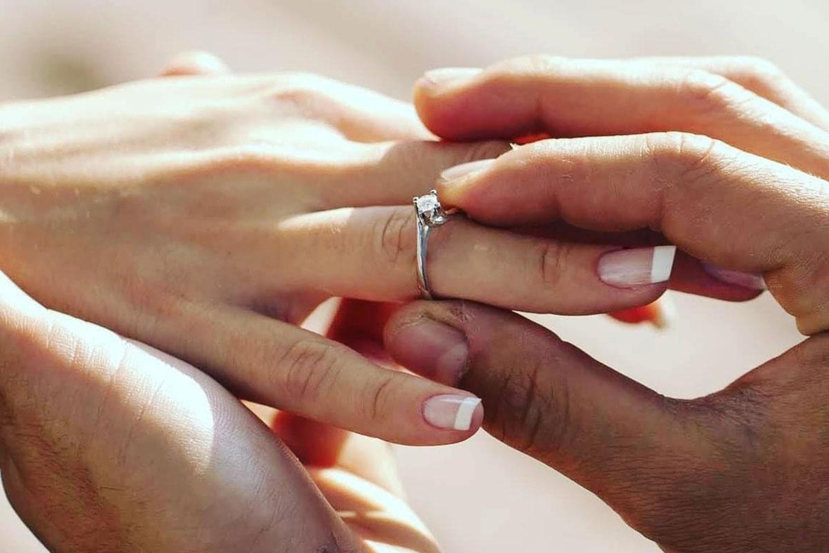 Oro rosa, la tendencia en anillos de compromiso