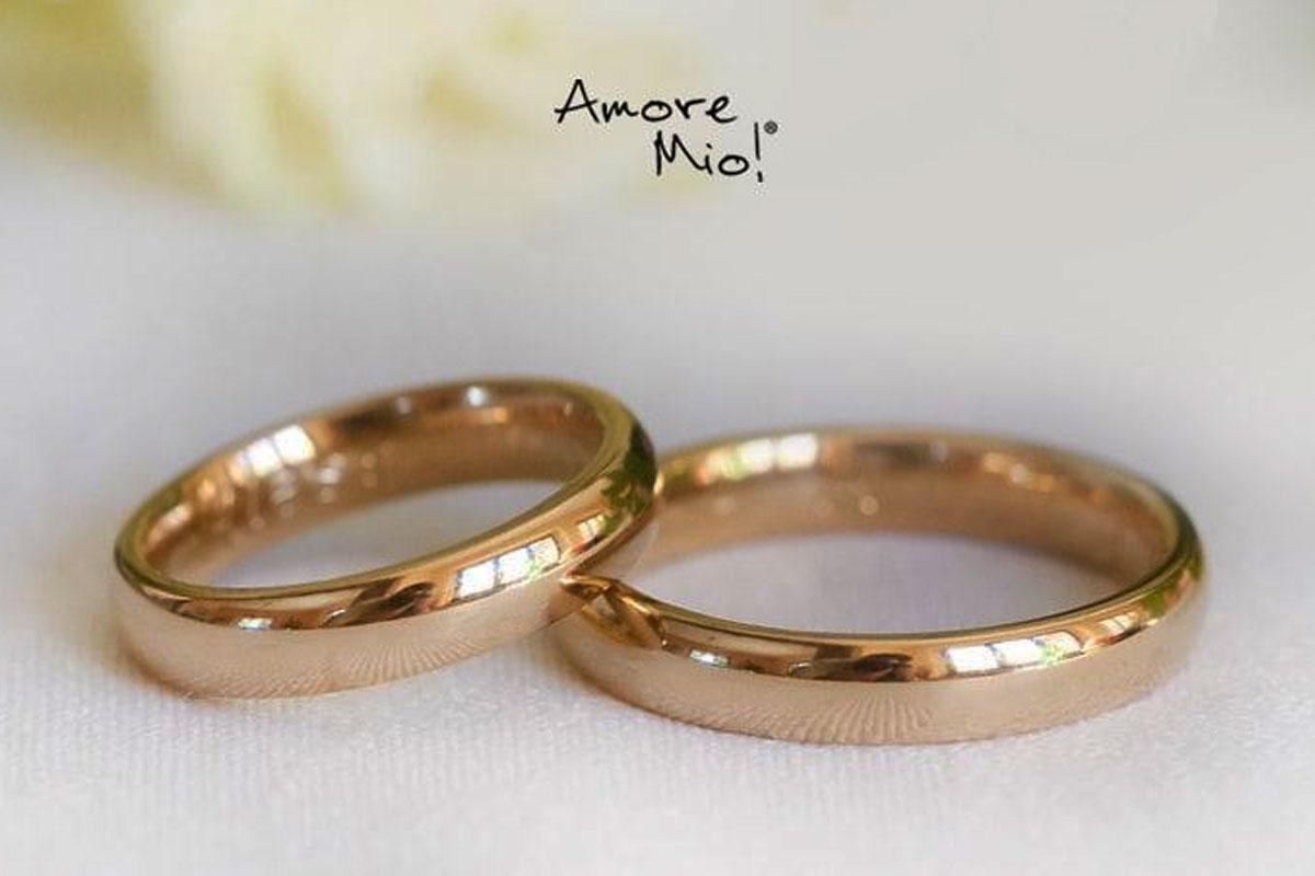 Bodas un poco de historia; Argolla de matrimonio y anillos de compromiso
