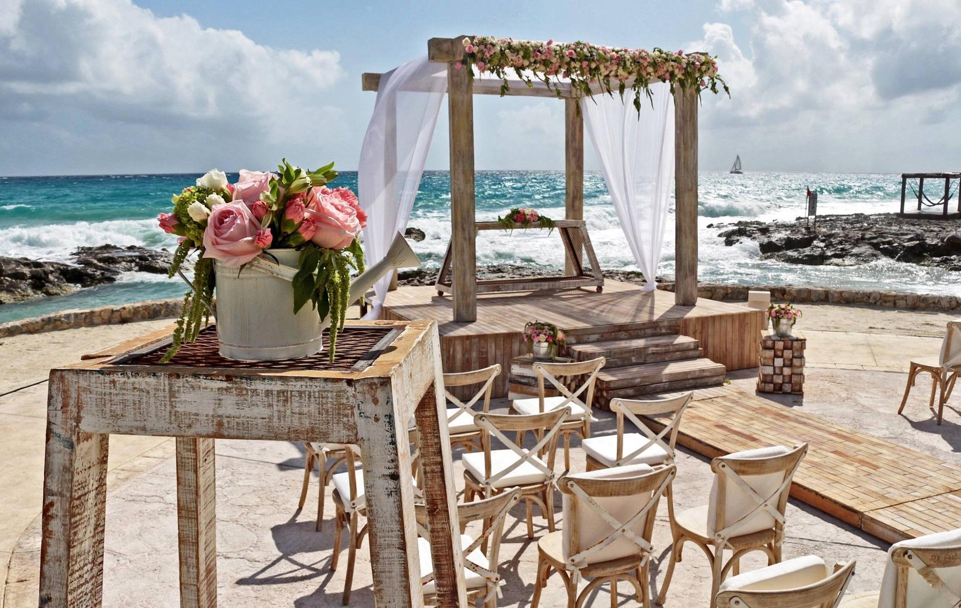 Boda en playa, un atardecer romántico