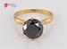 Anillo de compromiso de oro de 18k, con diamante central de: 4.60 Puntos Color- Black Claridad- N/A