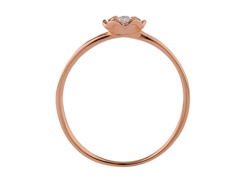 Anillo de compromiso de oro, con Diamante central de: 0.12 Puntos Color- E Claridad- VS2