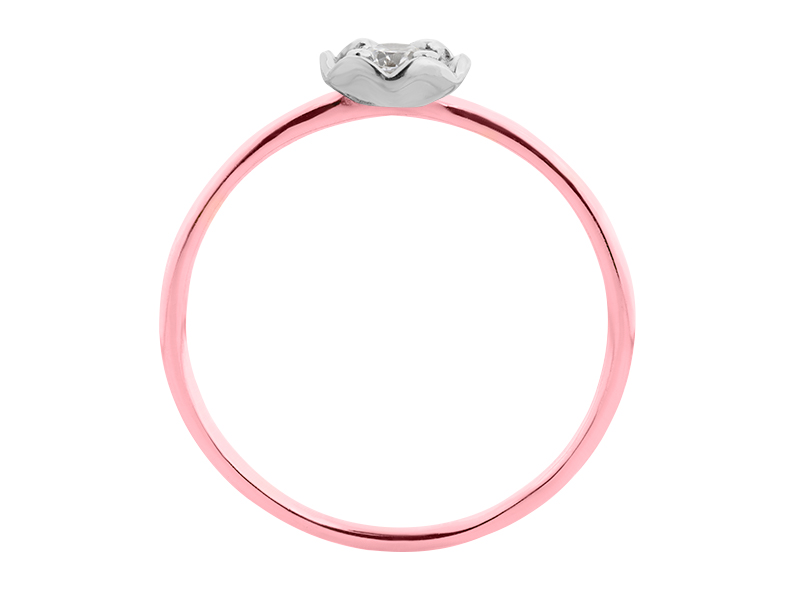 Anillo de compromiso de oro con Diamante central de: 0.1 ct Color- G Claridad- SI1 Piedras laterales: N/A