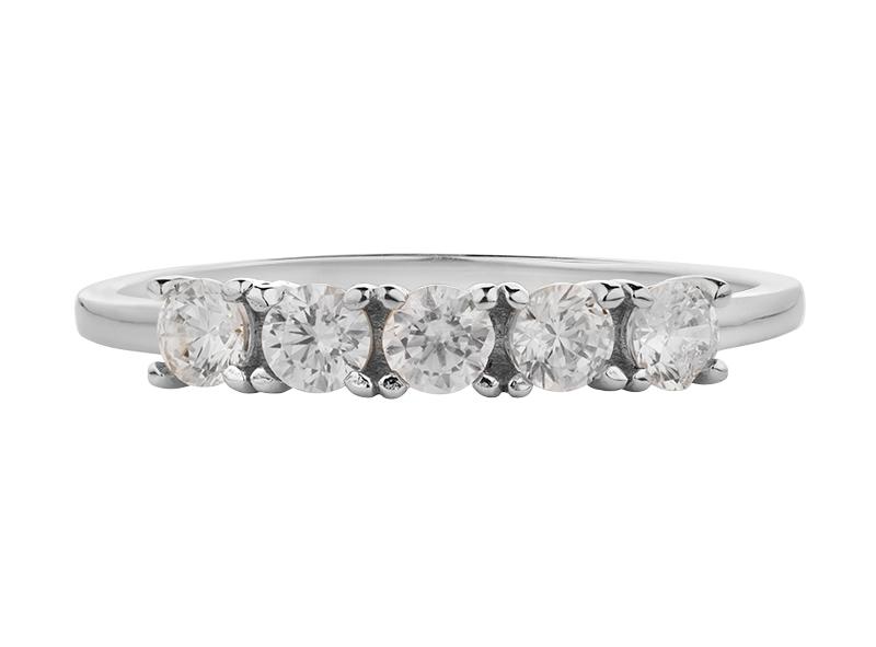 Anillo de promes de oro con Diamante lateral de: (5 x 0.10 = 0.50 ct) ct Color- G Claridad- SI1