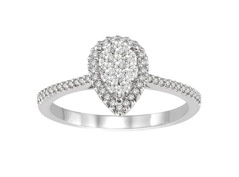 Anillo Cluster de oro con Diamantes lateral de: 0.35 ct Color- F Claridad- SI1