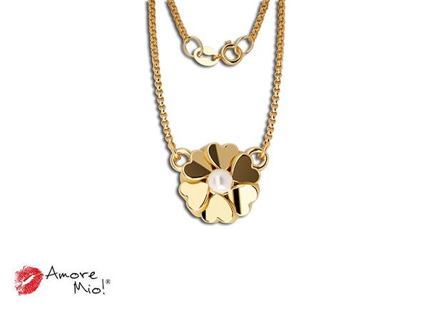 Dije de oro de 14kt flor con perla cultivada