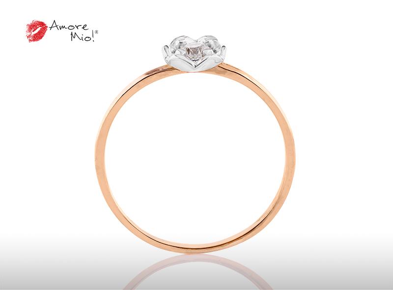 Anillo de compromiso de oro, con diamante central de: 0.08 Puntos Color- F Claridad- VS1  (51/49)