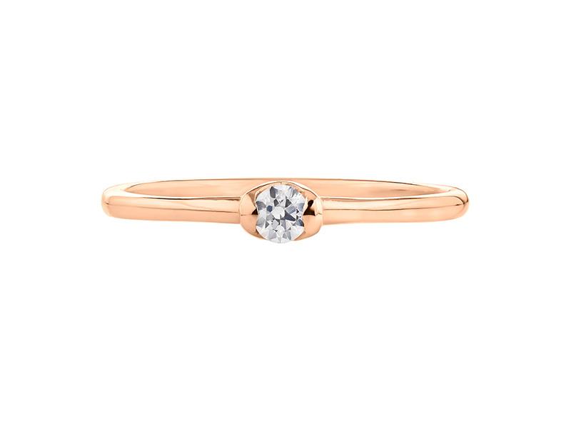 Montadura de oro de 14kt<br>Diamante  round de 0.12 quilates, Color-F,Claridad-VS1,Diamante Mejorado-None