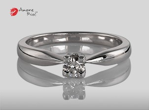 Anillo de compromiso de oro, con diamante central de: 0.18 Puntos Color- H Claridad- VS1 (47/53)