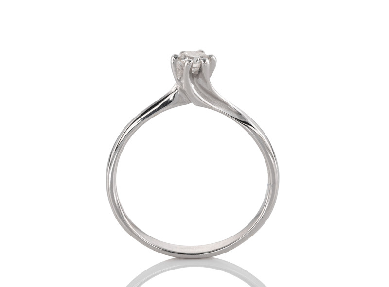 Anillo de compromiso de oro blanco de 14kt<br>Diamante  round de 0.22 quilates, Color-H,Claridad-VS1,Diamante Mejorado-None