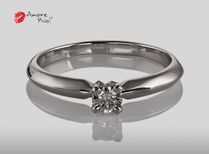 Anillo de compromiso de oro, con diamante central de: 0.2 Puntos Color- E Claridad- VS1 (47/53)