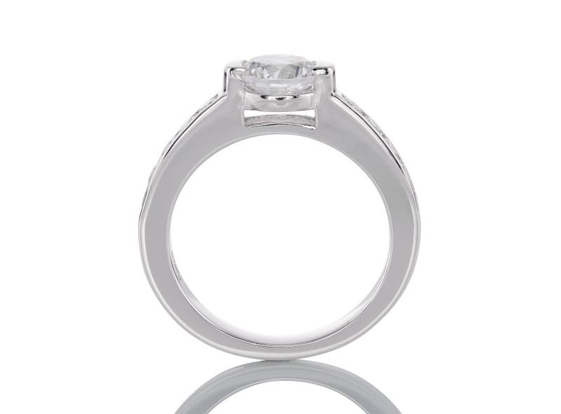 Anillo de compromiso de oro blanco de 14kt<br>Diamante  round de 4.60 quilates, Color-Black,Claridad-I1,Diamante Mejorado-None