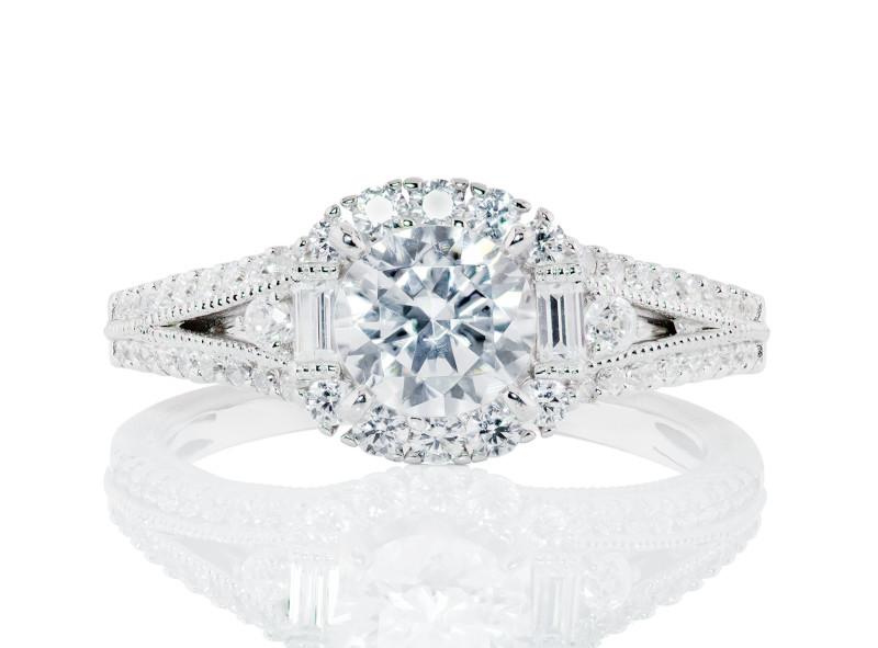 Anillo de compromiso de oro blanco de 14kt<br>Diamante  round de 0.26 quilates, Color-I,Claridad-SI1,Diamante Mejorado-None