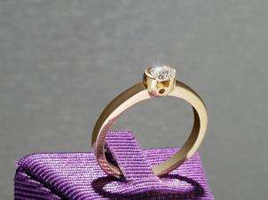 14kt Gold Ring With Round  0.18-SI1-F Diamond