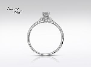 Anillo de compromiso de oro blanco de 18k con un diamante de: 0.18 puntos Color- F Claridad- SI1