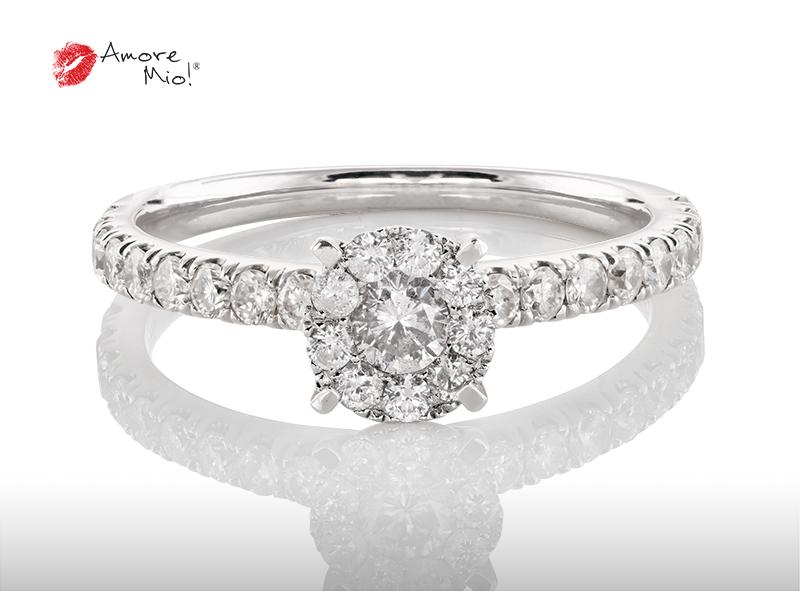 Anillo de compromiso de oro de 18k, con diamante central de: