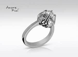 Anillo de compromiso de oro, con diamante central de: 0.37 Puntos Color- G Claridad- SI1